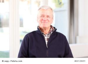 Herausforderne und spannende Aufgaben im Job halten auch im Alter fit.
